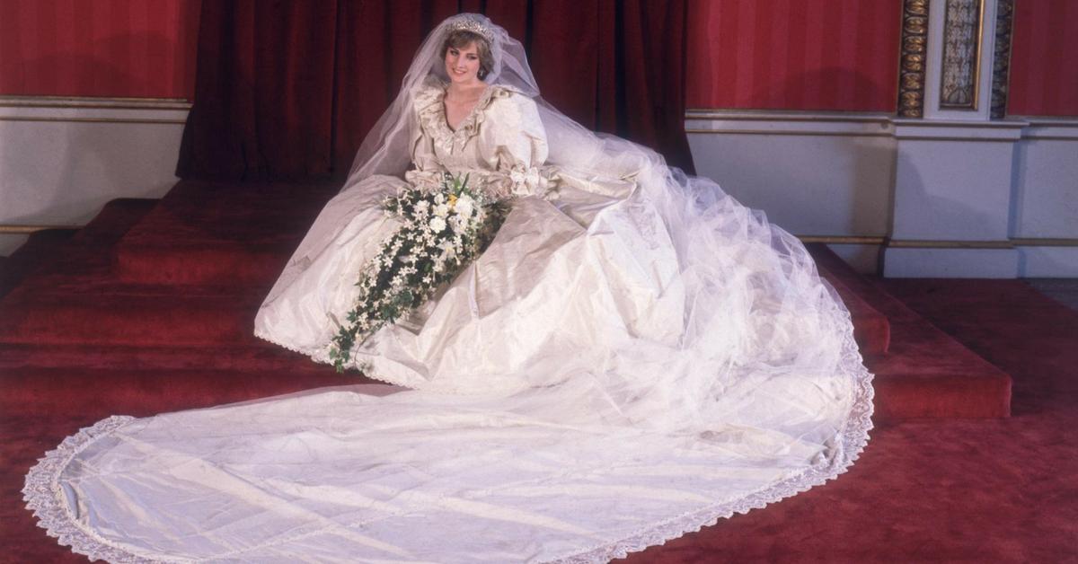 Diana 10 Details Jamais Remarques De Sa Robe De Mariee